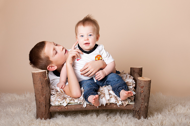 Brotherly Love - North Wales Child Photographer
