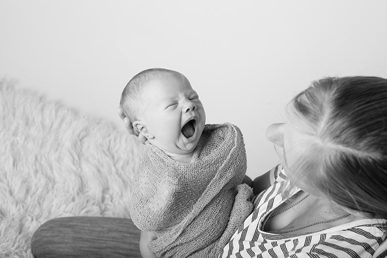 Summer Skye & Jonty Prestatyn Family & Newborn Photos (14)