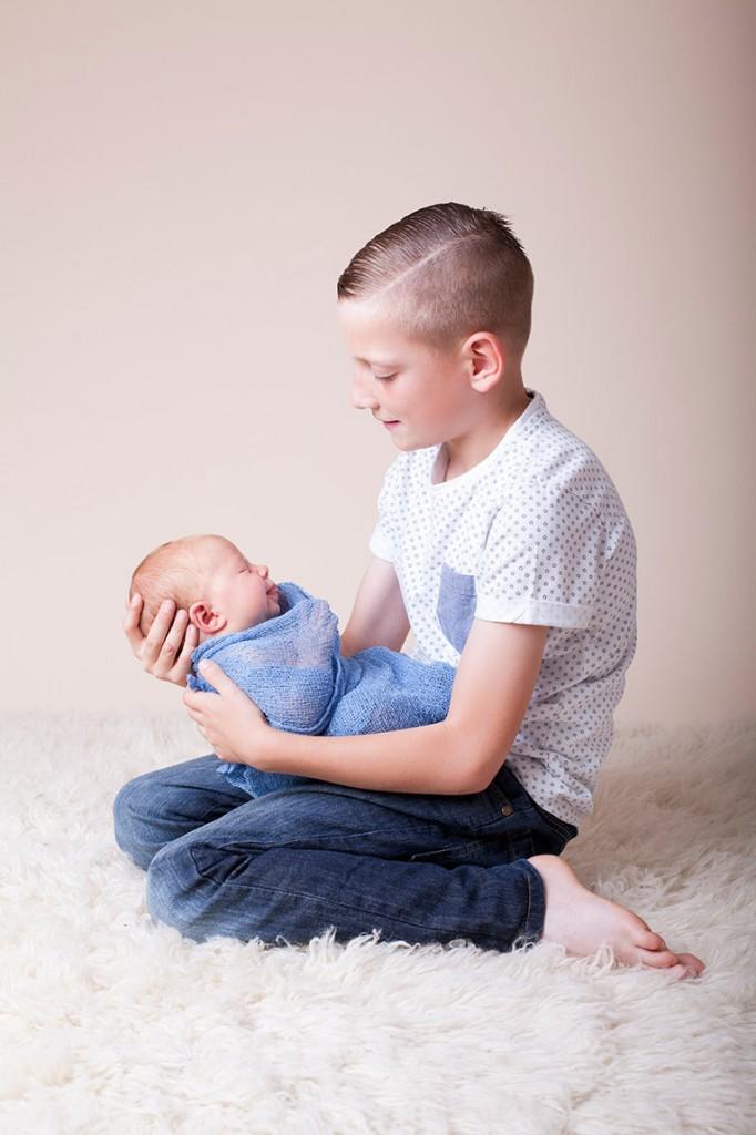 Summer Skye & Jonty Prestatyn Family & Newborn Photos (21)